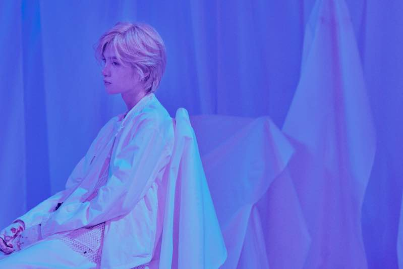 黄明昊首张个人专辑《18》预售 在青春的烈焰中与爱同行