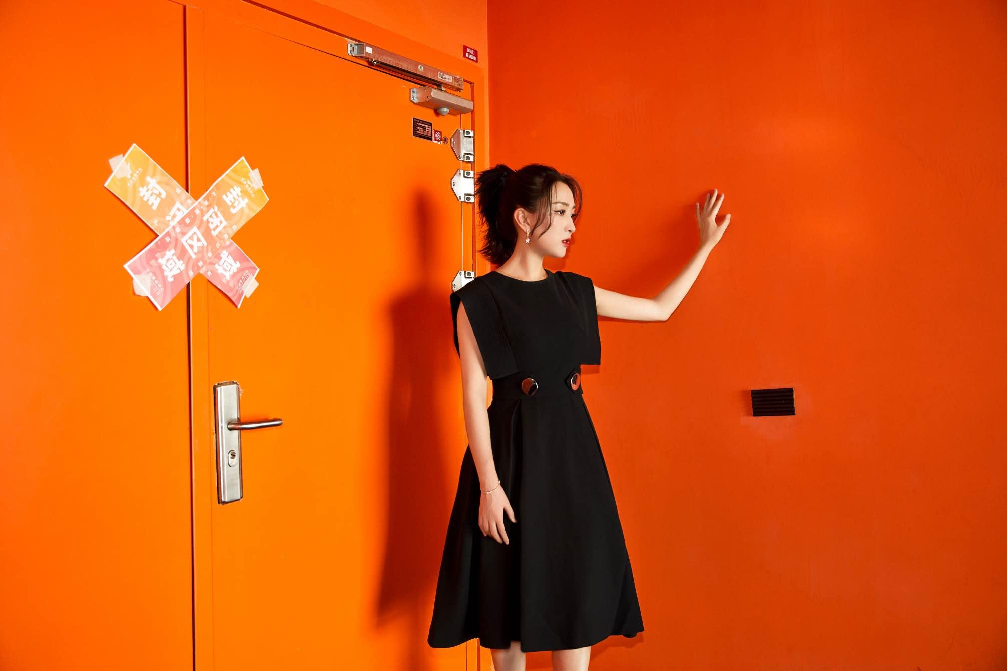 马苏出席第九届大学生电视节 见证时代魅力传递励志精神